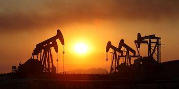 جنگیدن با عرضه مازاد نفت از عهده اوپک خارج است