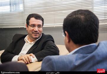 بازدید  رئیس کمسیون صنایع مجلس از روزنامه دنیای اقتصاد