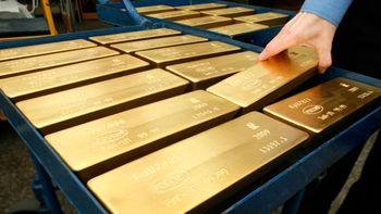 طلای جهانی تا 1108 دلار پایین آمد