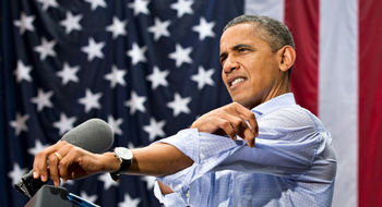 پولیتیکو: اوباما مخالفان توافق هستهای را «دیوانه» میداند