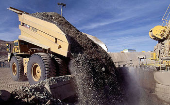 رشد قیمت سنگآهن جهانی در پی بارشهای فصلی در برزیل