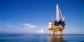 سقوط نفت به پایینترین سطح 11 سال اخیر/برنت زیر 33 دلار معامله شد