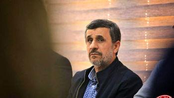 با محمود احمدی نژاد برخورد شود /او قصد کاندیداتوری در 1400 را دارد