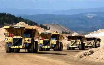 پیشتازی بخش معدن در سرمایهگذاری و صدور پروانه