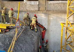 سقوط ۲ کارگر از ارتفاع ١٠متری تاور کرین در تهران