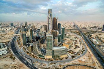 بررسی هزینهزندگی در عربستان؛  یک وعده غذا در یک رستوران خوب 300 ریال /کاپوچینو 12 ریال