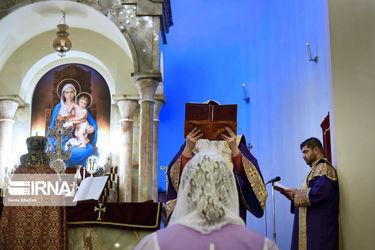 جشن سال نو میلادی در کلیسای سرکیس مقدس تهران