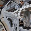 قطب سوم خودروسازی کشور به بخش خصوصی می رسد؟