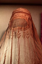 1200px-Burqa_IMG_1127