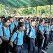 دانشآموزان گرسنهاند؛ معلمان مدارس را رها کرده اند