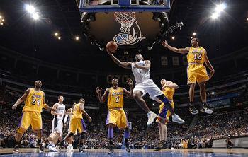 صحنه ایی عجیب و دلخراش در رقابتهای بسکتبال NBA + عکس