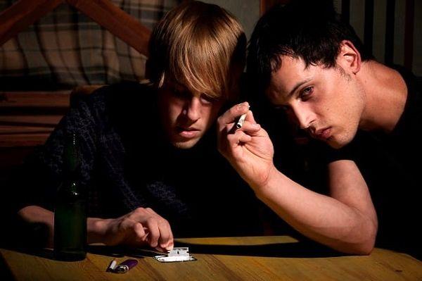 علائم ظاهری اعتیاد به مواد مخدر را بهتر بشناسید + تصاویر