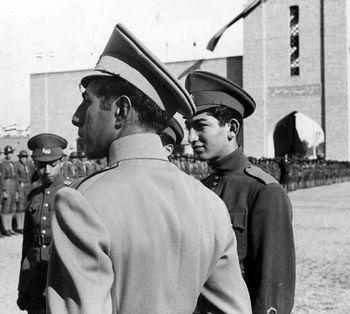 چه کسی باعث سقوط هواپیمای علیرضا پهلوی شد؟