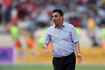 حمله شدید قلعهنویی به فدراسیون فوتبال / این مسابقه سیاسی بود!