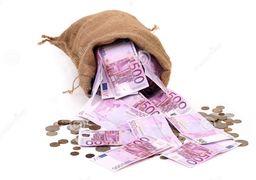 سود بانکهای ترکیهای به دنبال سقوط لیر آب رفت