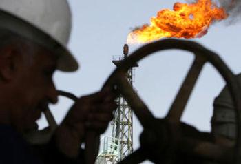 صادرات نفت ایران در ماه آوریل به 1.11 میلیون بشکه در روز رسید / 180 هزار بشکه نسبت به ماه قبل کاهش داشت
