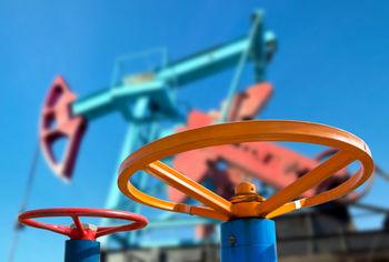 چراغ سبز عربستان نفت را صعودی کرد/ نفت آمریکا 42 دلار