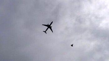 تهدید دوباره هواپیمای ماهان توسط جنگنده های آمریکایی