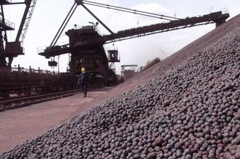 قیمت هر تن سنگ آهن صادراتی 300هزار تومان