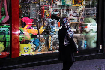 واردات ۲۶۰ تُن عروسک به کشور +عکس