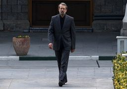 لاریجانی: بعد از خبر استعفای ظریف به او زنگ زدم، اما...