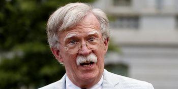 دراولین سخنرانی بولتون پس از اخراج از کاخ سفید ادعا شد؛ اگر سرنگونی پهپادتلافی شده بود ایران به میادین نفتی عربستان آسیب نمیزد