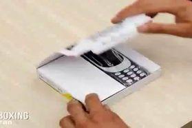 فیلمی از جعبه گشایی نسخه به روز شده گوشی نوستالژیک نوکیا 3310