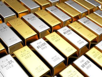 افت قیمت طلا در پی تقویت دلار