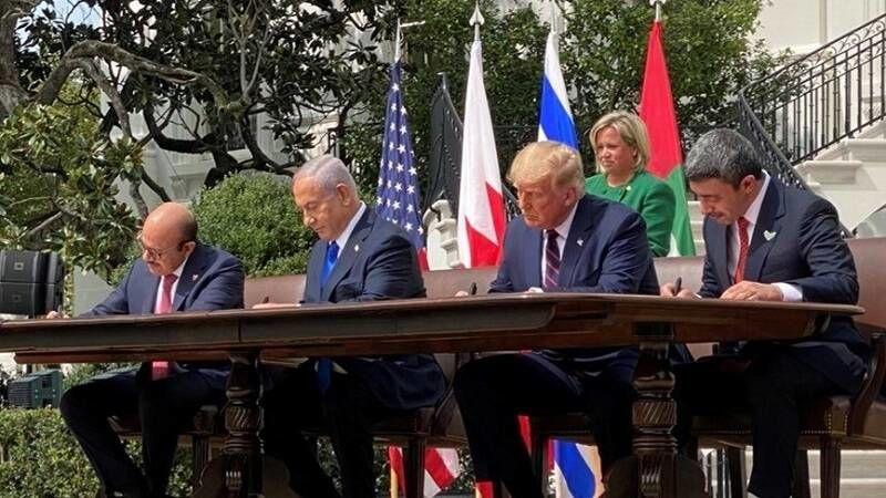 خشم ریاض از توافق مخفیانه رژیم صهیونیستی و امارات/ چرا بنسلمان به مهمانی ترامپ و نتانیاهو نرفت؟