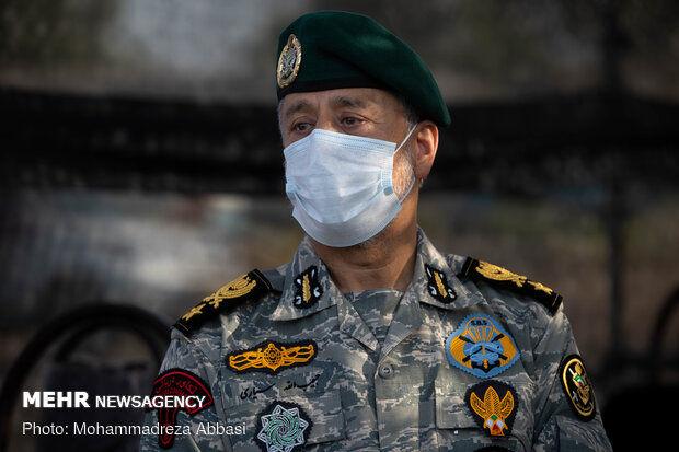 تمامی تحرکات دشمن را رصد میکنیم/ ارتش و سپاه یک مشت هستند