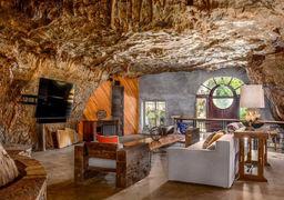 خانه لاکچری در دل یک غار+تصاویر