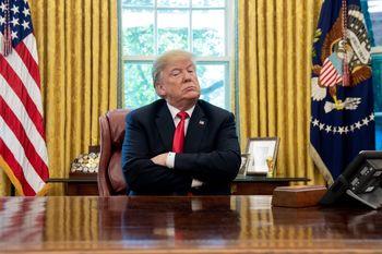 شخصی که ترامپ را از حمله نظامی به ایران منصرف کرد