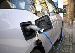 با انتشار ویروس کرونا تولید محبوبترین خودروی الکتریکی جهان به تاخیر میافتد