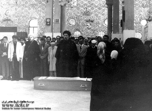 امام موسی صدر،شهیدچمران،شهیدمفتح و... در مراسم تشییع دکترشریعتی