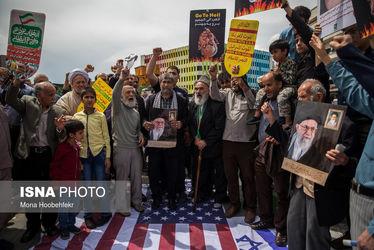 راهپیمائی نمازگزاران در اعتراض به اقدامات اخیر ترامپ