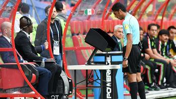 ۱۰ اشتباه بزرگ تکنولوژی در فوتبال جهان