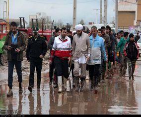 تصاویر بازدید نماینده مقام معظم رهبری از مناطق سیل زده گنبدکاووس
