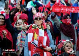 فیفا روز حضور زنان در ورزشگاه آزادی را «روز تاریخی» نامید