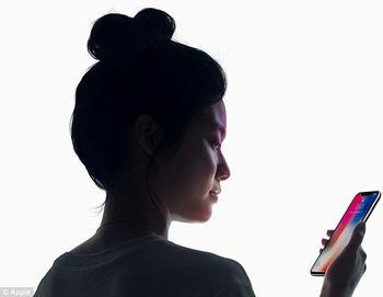 طراحیهای عجیب قاب تلفن همراه +تصاویر