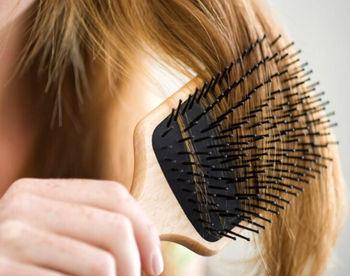 آیا ویروس کرونا روی موی شما زنده میماند؟
