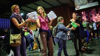 آلمانیها و آغوشی که برای پناهجویان و مهاجران گشودند