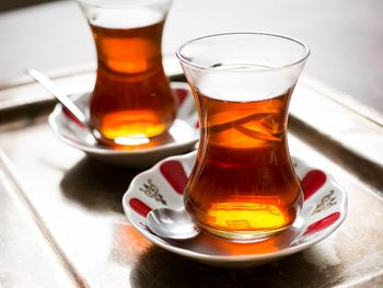 تاثیر مثبت نوشیدن چای بر سلامت مغز