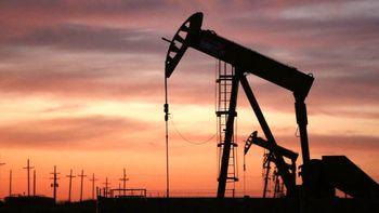 تداوم سقوط قیمت نفت در بازار جهانی