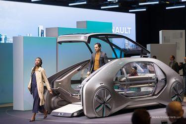 خودروی عجیب و خودران رنو با نام ای.زی گو که مفهوم جدیدی را در زمینه تولید خودروهای آینده نگرانه باب نمود