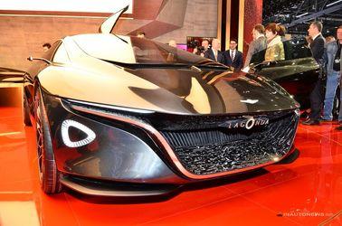 خودروی مفهومی و فوق لوکس آستون مارتین با نام لاگوندا کانسپت که زبان طراحی این سازنده را با خود دارد
