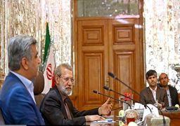 علی لاریجانی: شرایط کشور برای تولید سخت است نه دلالی