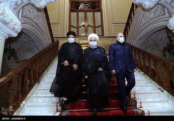 قاب عکس متفاوت در اتاق کار قالیباف در مجلس