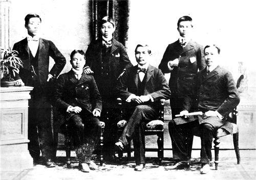 مردی که باعث سقوط امپراطوری چین شد