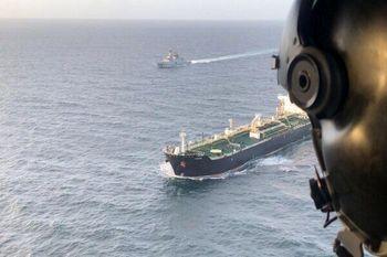 ورود دومین نفتکش ایرانی با حمایت جنگنده های اف ۱۶ و سوخو ۳۰ به منطقه ویژه اقتصادی ونزوئلا
