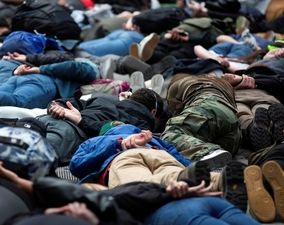تصاویر منتخب اعتراضات سراسری آمریکا (۲)| «نمیتوانم نفس بکشم»